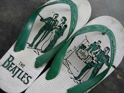 Sandal Jepit artistik 2.jpg