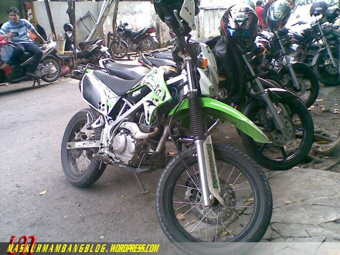 KLX Smg 1