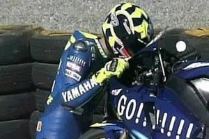 Rossi kiss M1 2004.jpg