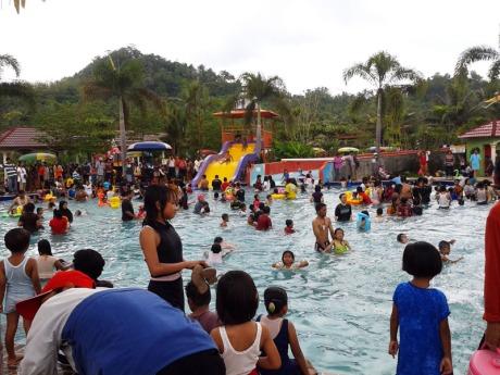 Waterpark Di Musim Liburan