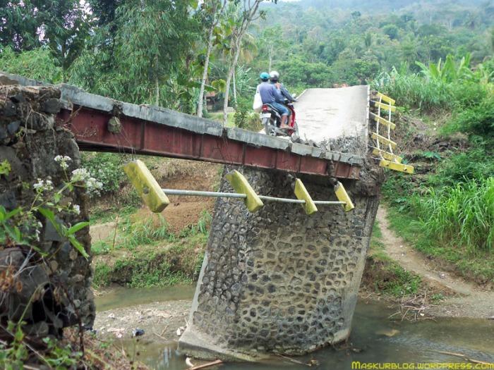 Jembatan Miring 02