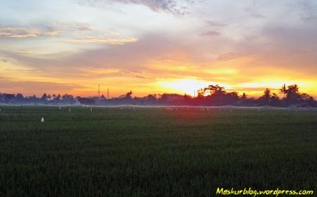 Bersepeda_Sunrise