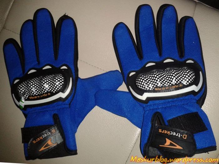 Glove Baru