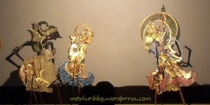 Wayang Gatutkaca Ratu 2-09