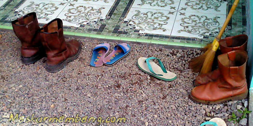 Arif Wijar 07 - Sepatu