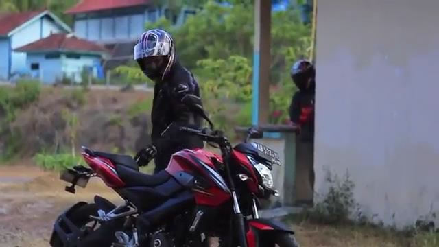 Episode 2 - Review Kawasaki Bajaj Pulsar 200NS 2014 Indonesia by KARS TV2