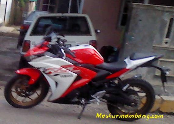 Yamaha R25 Cilacap Merah