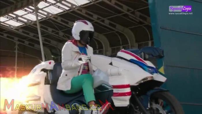 KR Mach 01