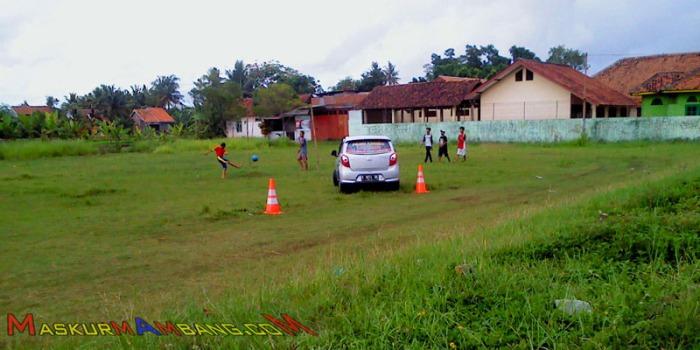 Lapangan Buat Latihan Nyopir
