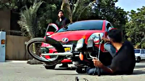 Sepeda Motor Menyebalkan 02