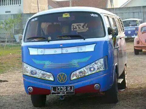 VW Combi Lampu Bis