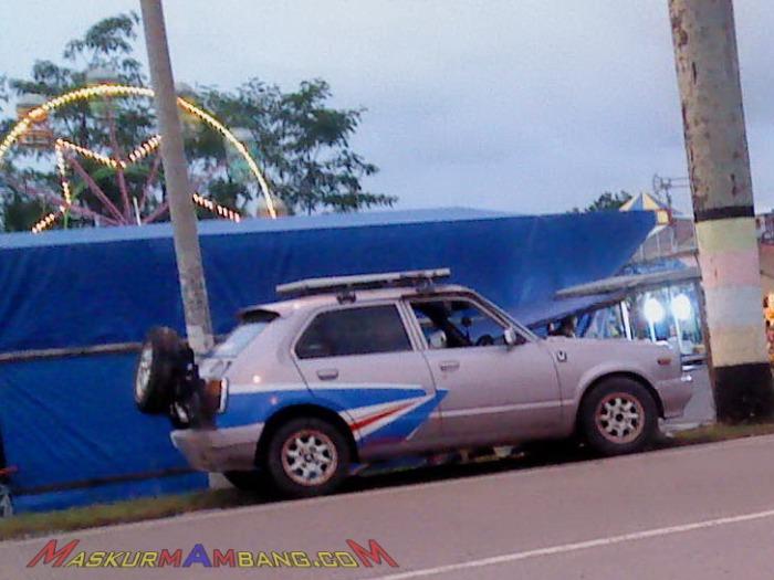 Honda Civic Ban Serep Belakang