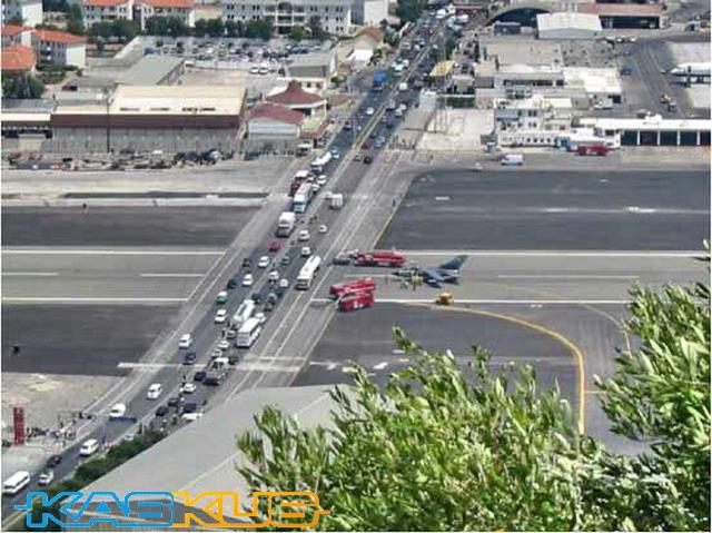 bandara gibraltar (2)