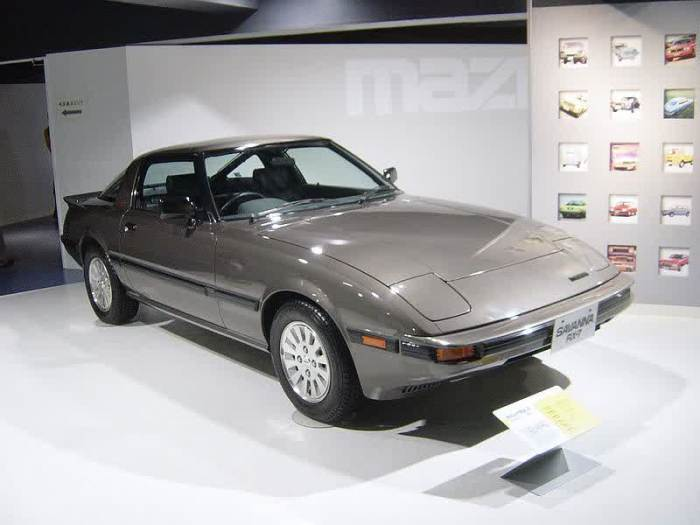 Mazda rx7 1st generation