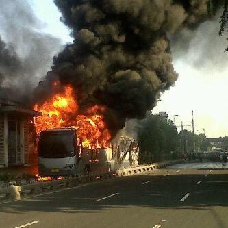 Transjakarta Terbakar