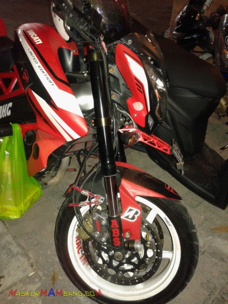 Ducati Monster200NS 03