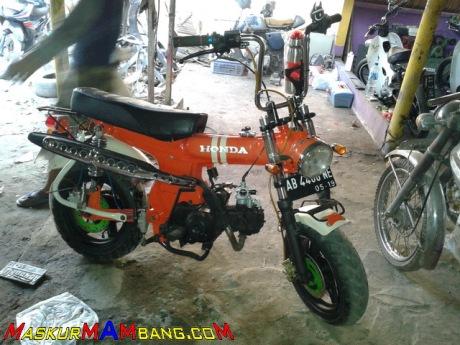 Honda Astrea 800 Monkey Jogja 02