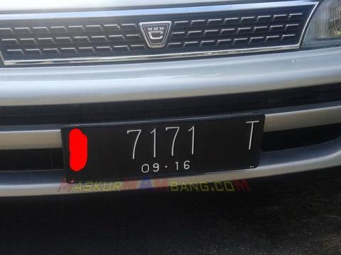 Plat Nomor TITIT