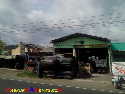Jalan-jalan Ke Sentra Onderdil Copotan Jalan Wonosari 09