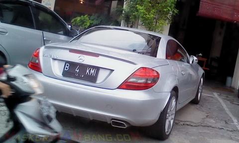 Mobil Juragan Bakmi