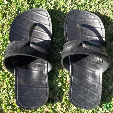 sandal bandol